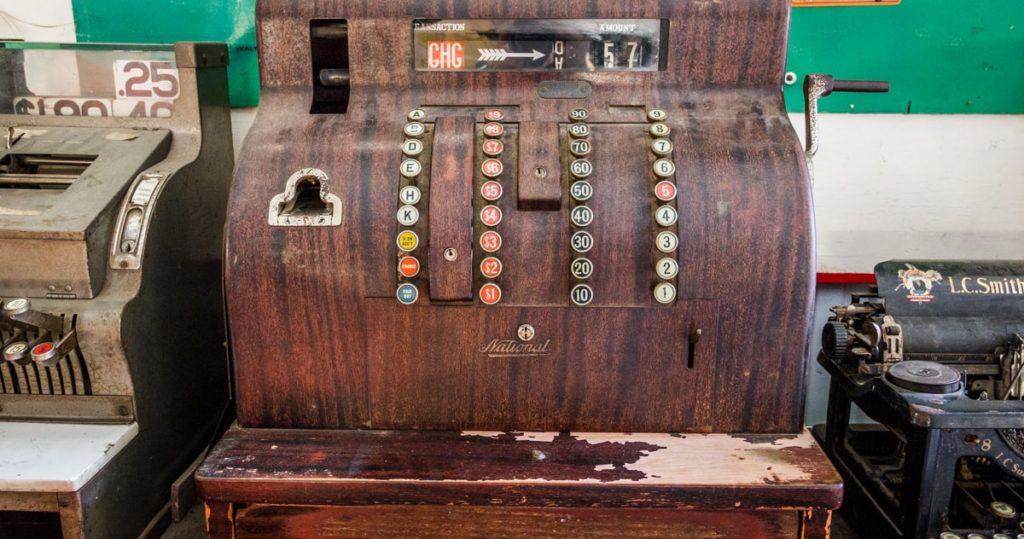 Old Cash Register - Good Ol' Fashioned Service